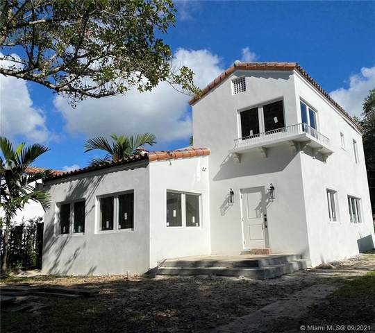 1109 Asturia Ave, Coral Gables, FL 33134 (MLS #A11100065) :: The Pearl Realty Group