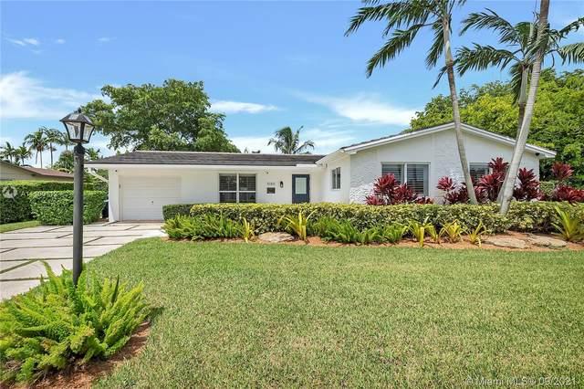 10301 SW 102 St, Miami, FL 33176 (MLS #A11100112) :: Search Broward Real Estate Team