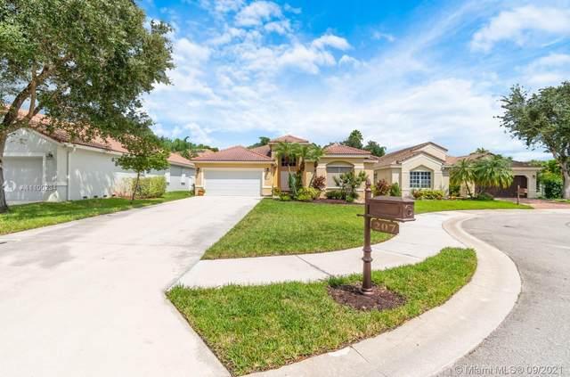 207 Cameron Ct, Weston, FL 33326 (MLS #A11100234) :: Search Broward Real Estate Team