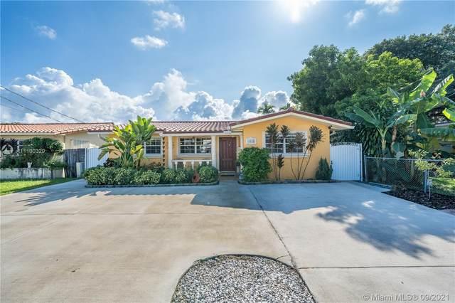 3855 SW 88th Ct, Miami, FL 33165 (MLS #A11100329) :: Search Broward Real Estate Team