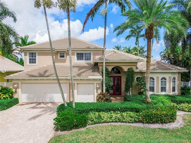 8323 N Lake Forest Dr, Davie, FL 33328 (MLS #A11100476) :: Onepath Realty - The Luis Andrew Group