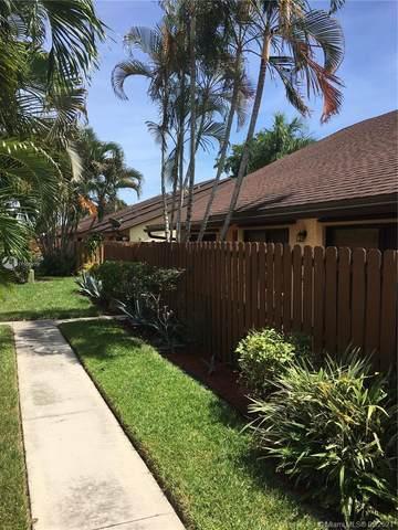 142 Springdale Cir, Palm Springs, FL 33461 (MLS #A11100479) :: Patty Accorto Team