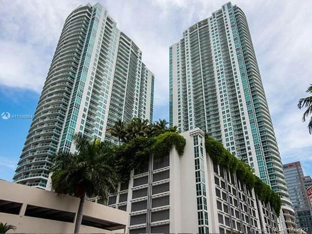 950 Brickell Bay Dr #4406, Miami, FL 33131 (MLS #A11100864) :: Berkshire Hathaway HomeServices EWM Realty