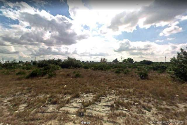 3905 SW 15th St, Lehigh Acres, FL 33976 (MLS #A11100944) :: Castelli Real Estate Services