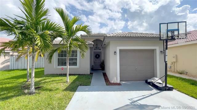 17612 SW 19th St, Miramar, FL 33029 (MLS #A11100956) :: CENTURY 21 World Connection