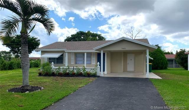7001 NW 94th Ter, Tamarac, FL 33321 (#A11100971) :: Posh Properties