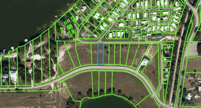 240 Heartland Blvd, Lake Placid, FL 33852 (MLS #A11101041) :: The Paiz Group