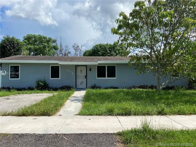 135 SW 17th Ave, Homestead, FL 33030 (#A11101167) :: Dalton Wade