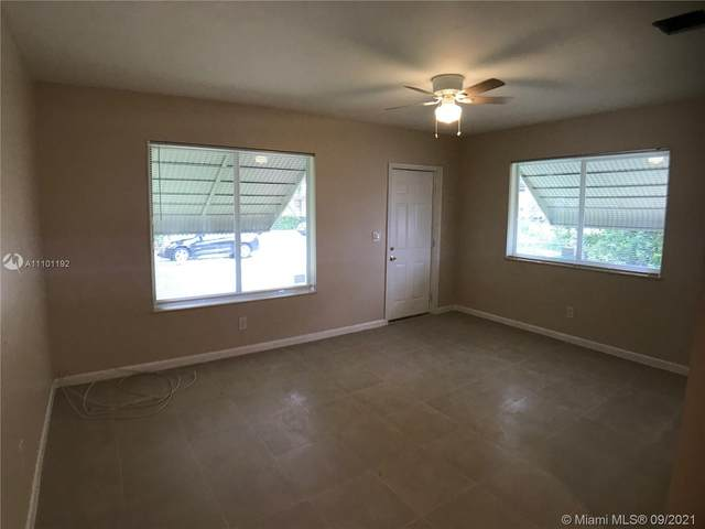 1085 NW 52nd St, Miami, FL 33127 (MLS #A11101192) :: KBiscayne Realty