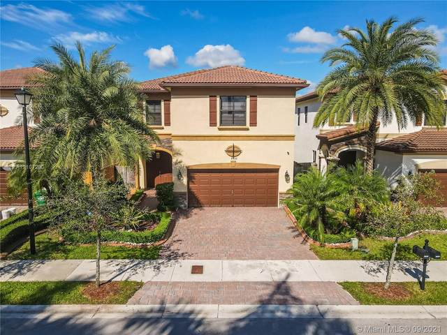 8820 NW 99th Path, Doral, FL 33178 (MLS #A11101290) :: Castelli Real Estate Services