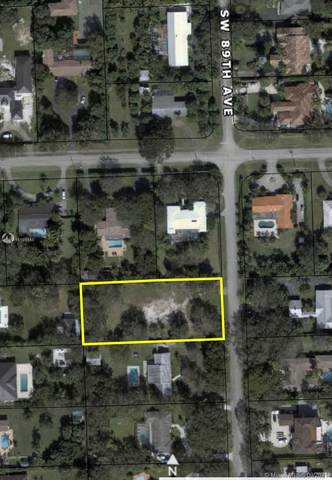 12050 SW 89th Ave, Miami, FL 33176 (MLS #A11101348) :: The Riley Smith Group