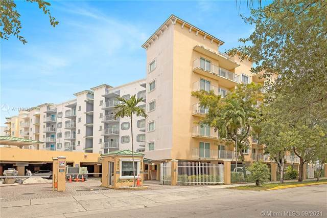 2415 NW 16th Street Rd #413, Miami, FL 33125 (MLS #A11101385) :: Castelli Real Estate Services