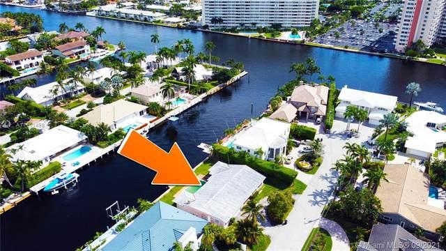 2881 NE 35th St, Fort Lauderdale, FL 33306 (MLS #A11101498) :: Jo-Ann Forster Team