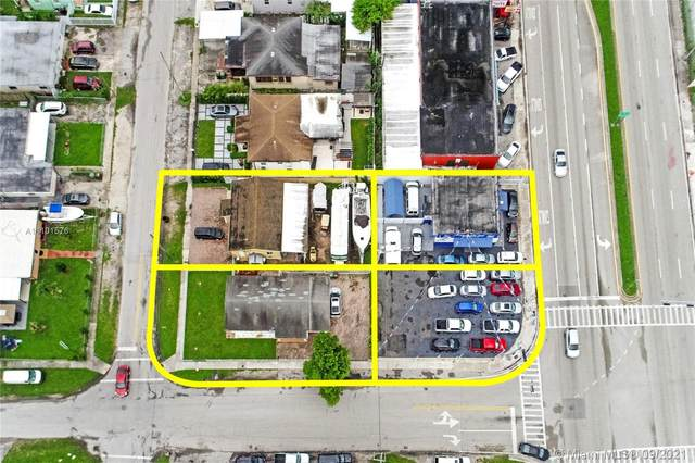 4265 E 8th Ave, Hialeah, FL 33013 (MLS #A11101576) :: KBiscayne Realty