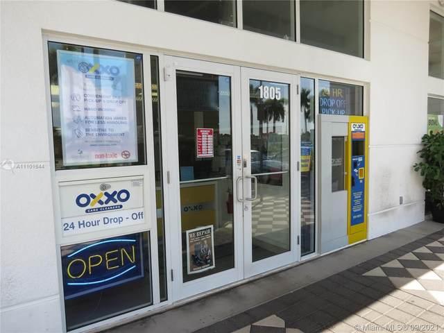 1805 NE 123 St, North Miami, FL 33181 (MLS #A11101644) :: United Realty Group