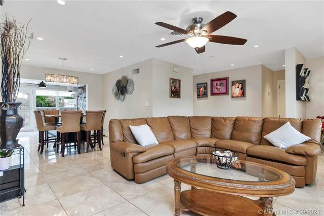 3343 Coolidge St, Hollywood, FL 33021 (MLS #A11101763) :: All Florida Home Team