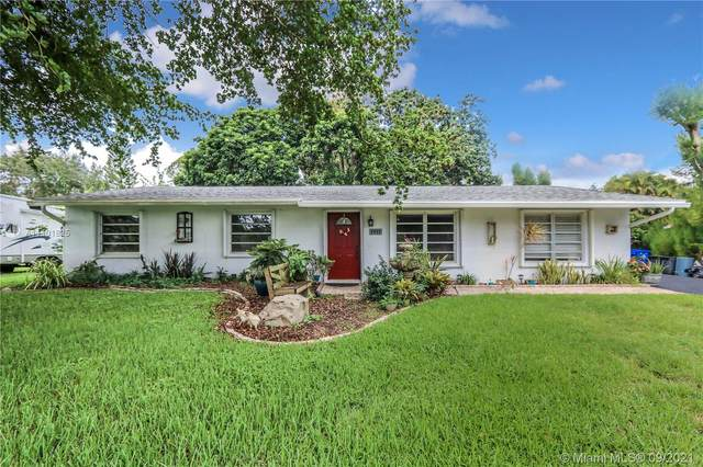 4931 SW 188th Ave, Southwest Ranches, FL 33332 (MLS #A11101825) :: Re/Max PowerPro Realty