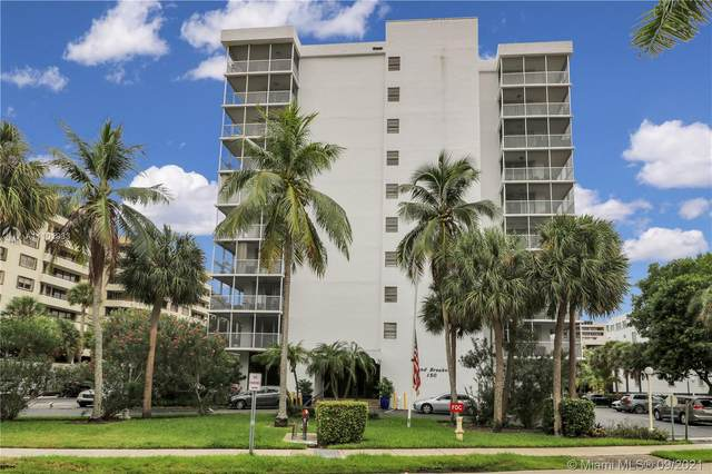 150 Ocean Lane Dr 2B, Key Biscayne, FL 33149 (MLS #A11101933) :: The Riley Smith Group