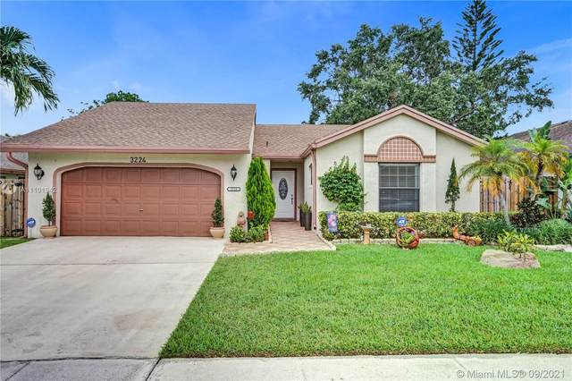 3224 NW 106th Ter, Sunrise, FL 33351 (MLS #A11101942) :: Onepath Realty - The Luis Andrew Group