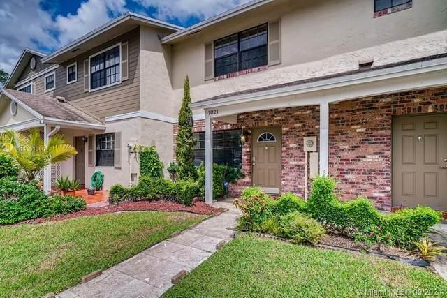 1021 NW 107th Avenue #1021, Pembroke Pines, FL 33026 (MLS #A11101980) :: Re/Max PowerPro Realty