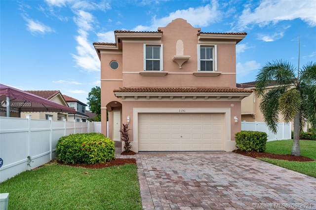 1151 NE 39th Ave, Homestead, FL 33033 (MLS #A11102033) :: The Pearl Realty Group