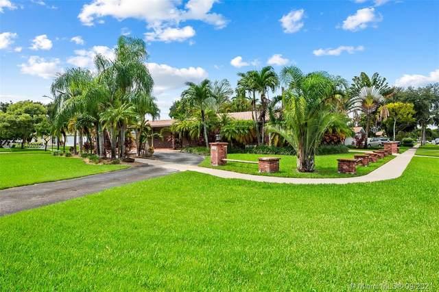 1518 Yale Dr, Hollywood, FL 33021 (MLS #A11102050) :: All Florida Home Team
