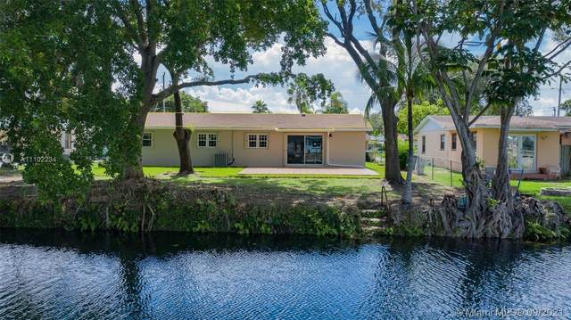 10411 SW 199th St, Cutler Bay, FL 33157 (MLS #A11102234) :: Onepath Realty - The Luis Andrew Group