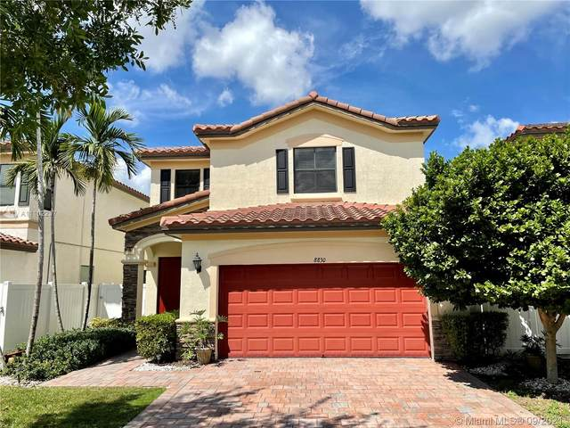 8830 W 33rd Ave, Hialeah, FL 33018 (MLS #A11102237) :: The Pearl Realty Group