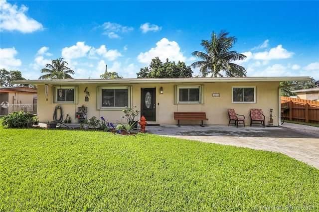 6200 SW 38th St, Davie, FL 33314 (MLS #A11102270) :: Green Realty Properties