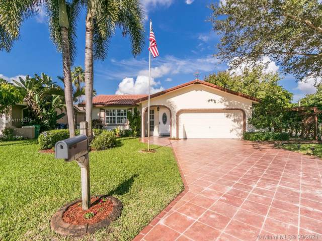 2348 NW 98th Way, Coral Springs, FL 33065 (MLS #A11102275) :: Berkshire Hathaway HomeServices EWM Realty