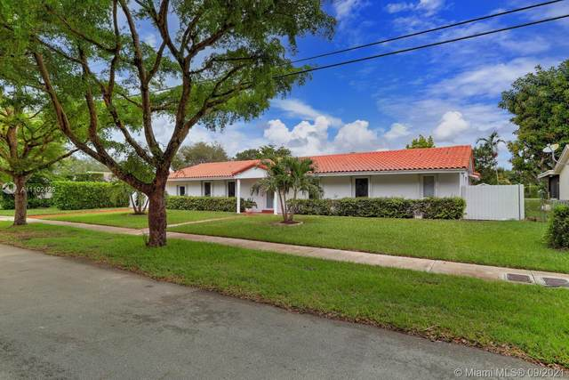 9061 SW 85th St, Miami, FL 33173 (MLS #A11102426) :: The Pearl Realty Group