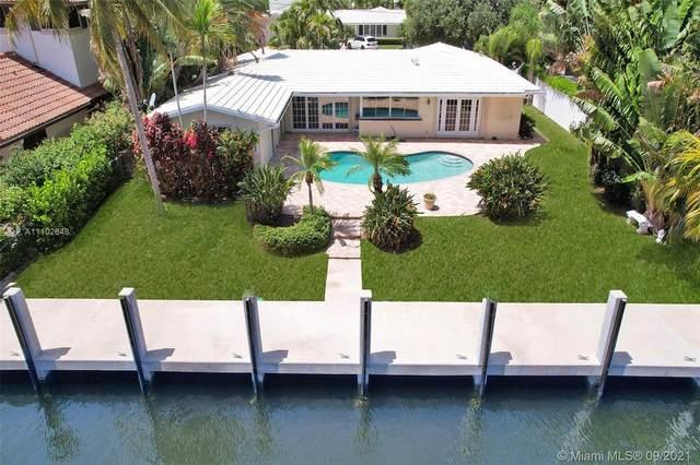 5220 NE 32nd Ave, Fort Lauderdale, FL 33308 (MLS #A11102648) :: Castelli Real Estate Services