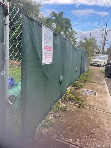 3025 SW 16th Ter, Miami, FL 33145 (MLS #A11102716) :: Castelli Real Estate Services
