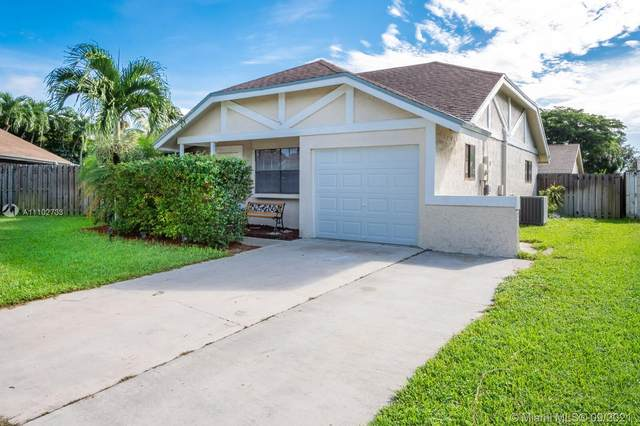 2826 NW 110th Ave, Sunrise, FL 33322 (MLS #A11102733) :: Onepath Realty - The Luis Andrew Group