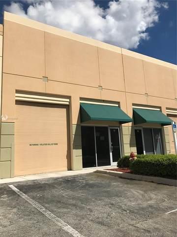 2950 Glades Cir #15, Weston, FL 33327 (MLS #A11103037) :: The Teri Arbogast Team at Keller Williams Partners SW