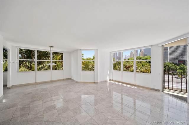 1901 Brickell Ave B409, Miami, FL 33129 (MLS #A11103106) :: The Riley Smith Group