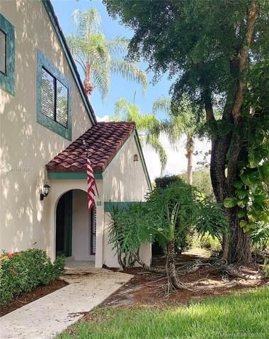 4 E Lexington Ln E, Palm Beach Gardens, FL 33418 (MLS #A11103133) :: The Riley Smith Group