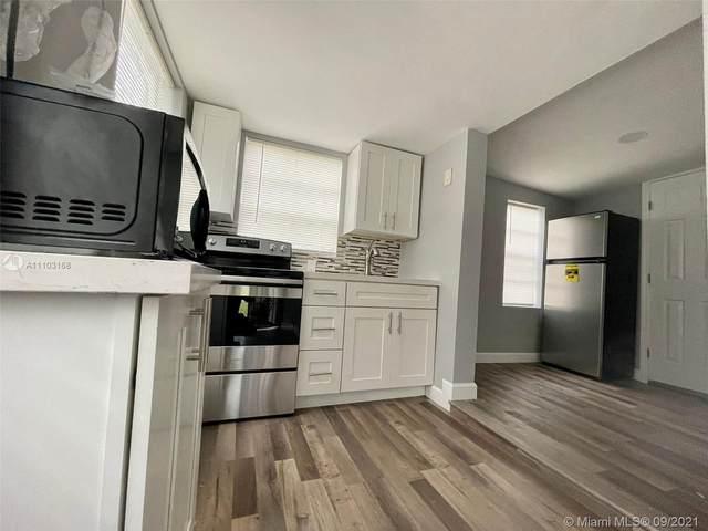 3003 NW 45th St, Miami, FL 33142 (MLS #A11103168) :: Berkshire Hathaway HomeServices EWM Realty