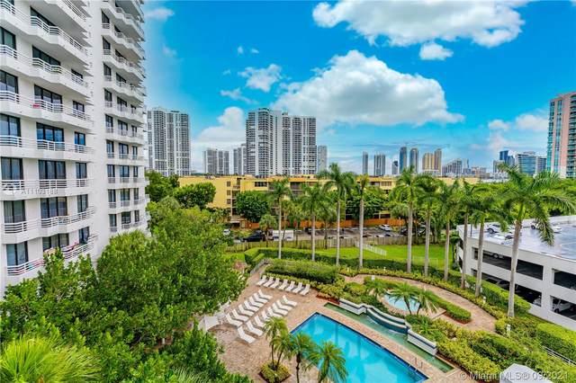 3300 NE 192nd St #617, Aventura, FL 33180 (MLS #A11103188) :: Green Realty Properties