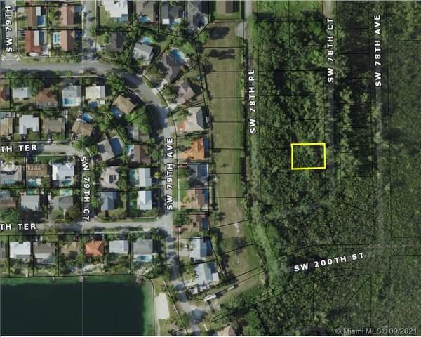 19900 SW 78 CT, Cutler Bay, FL 33189 (MLS #A11103269) :: Jo-Ann Forster Team