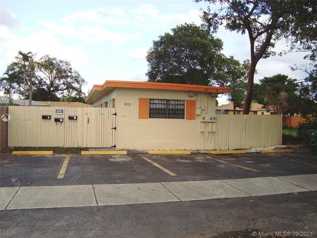 910 NW 3rd Ave, Hallandale Beach, FL 33009 (MLS #A11103353) :: ONE   Sotheby's International Realty
