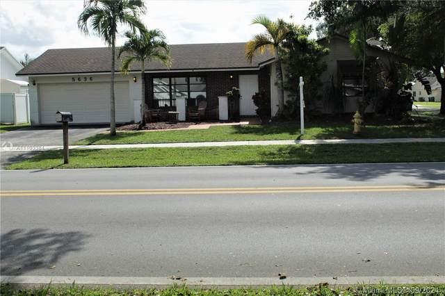 5636 SW 118th Ave, Cooper City, FL 33330 (#A11103384) :: Posh Properties