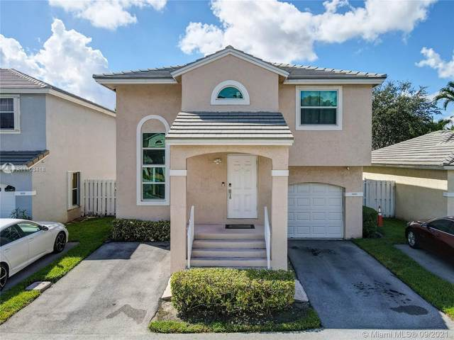 9889 NW 2nd St, Plantation, FL 33324 (MLS #A11103418) :: The Riley Smith Group