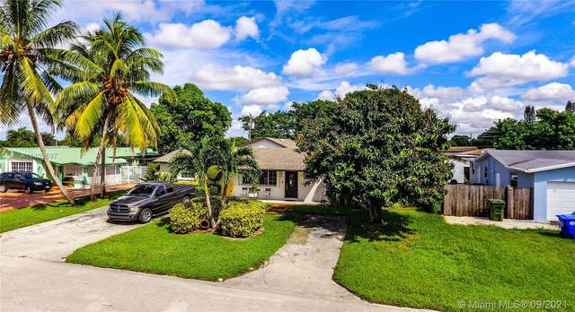 7131 SW 10th Ct, Pembroke Pines, FL 33023 (MLS #A11103597) :: Green Realty Properties