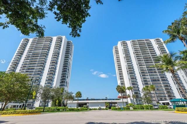 3675 N Country Club Dr #310, Aventura, FL 33180 (MLS #A11103628) :: Green Realty Properties