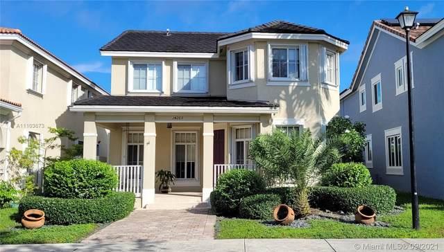 14263 SW 276th Way, Homestead, FL 33032 (#A11103673) :: Posh Properties