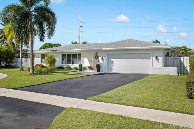 1121 SW 75th Ter, Plantation, FL 33317 (MLS #A11103728) :: Green Realty Properties