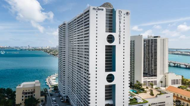 1717 N Bayshore Dr A-2740, Miami, FL 33132 (MLS #A11103925) :: The MPH Team