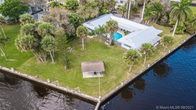 2523 SW Conch Cove Lane, Palm City, FL 34990 (MLS #A11103961) :: The Pearl Realty Group