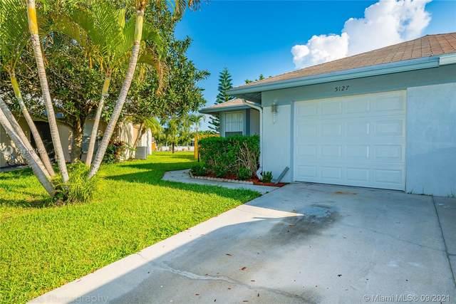5127 Owls Ct #5127, Lake Worth, FL 33463 (#A11104005) :: Posh Properties